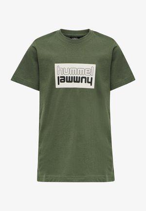 T-shirt print - thyme