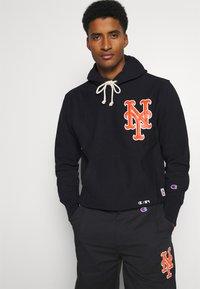 Champion - MLB PREMIUM NEW YORK METS STRAIGHT HEM PANTS - Club wear - black - 3