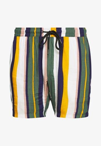 RICK - Shorts - duck green stripe