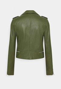 Oakwood - YOKO - Kožená bunda - green - 6