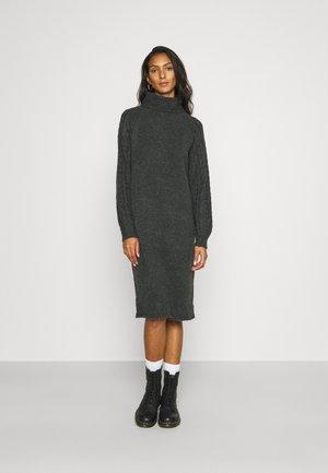 PCFUNA TURTLENECK DRESS - Jumper dress - dark grey melange
