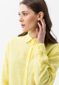 BRAX - VICTORIA - Button-down blouse - yellow - 3
