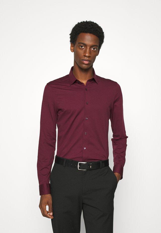 LUXOR  - Camicia elegante - bordeaux