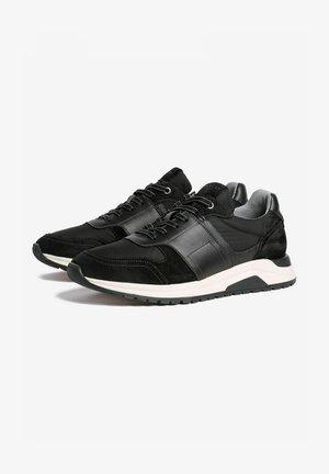JOSE - Sneakers laag - black