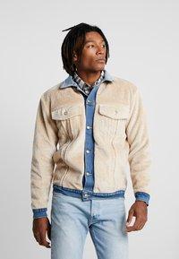 Sixth June - REVERSIBLE JACKET - Denim jacket - blue/beige - 3