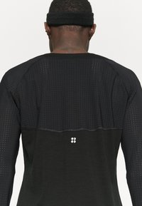 Sweaty Betty - BREEZE RUNNING - Long sleeved top - black - 6