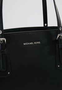 MICHAEL Michael Kors - VOYAGER - Tote bag - black - 7