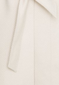 Miss Selfridge - BELT COAT - Kåpe / frakk - cream - 3