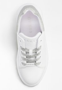 Guess - BRADLY - Sneakers laag - white - 1
