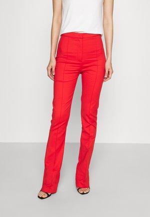 PANTS - Kalhoty - scala red