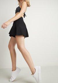 Tezenis - Shorts - nero - 1