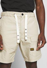 G-Star - FRONT POCKET SPORT SHORT - Shorts - khaki - 4