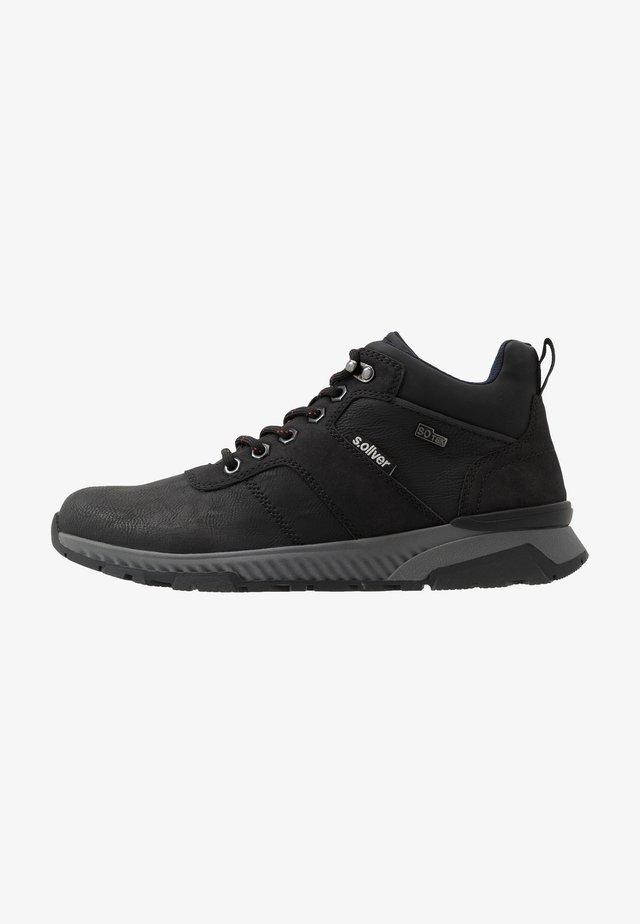Baskets montantes - black