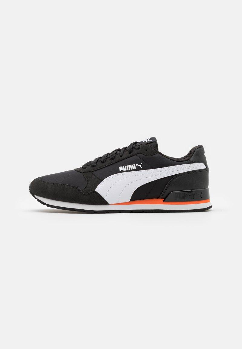 Puma - ST RUNNER V2 NL UNISEX - Trainers - black/white/dragon fire