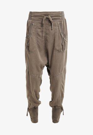 NANNA PANTS - Spodnie materiałowe - khaki