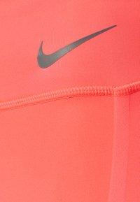 Nike Performance - FASTER 7/8 - Tights - bright mango/gunsmoke - 6