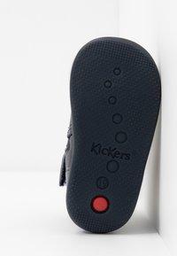 Kickers - BIBOOTS - Classic ankle boots - navy metallic - 5