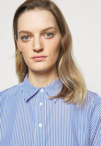Lauren Ralph Lauren - Button-down blouse - blue/white - 3