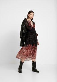 Thurley - DALLAS DRESS - Długa sukienka - black - 2