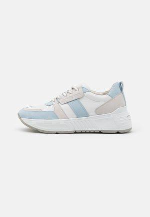 MATRIX - Trainers - bianco/blu