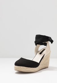 Lost Ink - ANKLE WRAP WEDGE  - High heeled sandals - black - 4