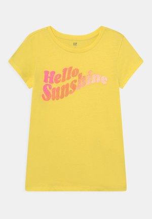 T-shirts print - aurora yellow