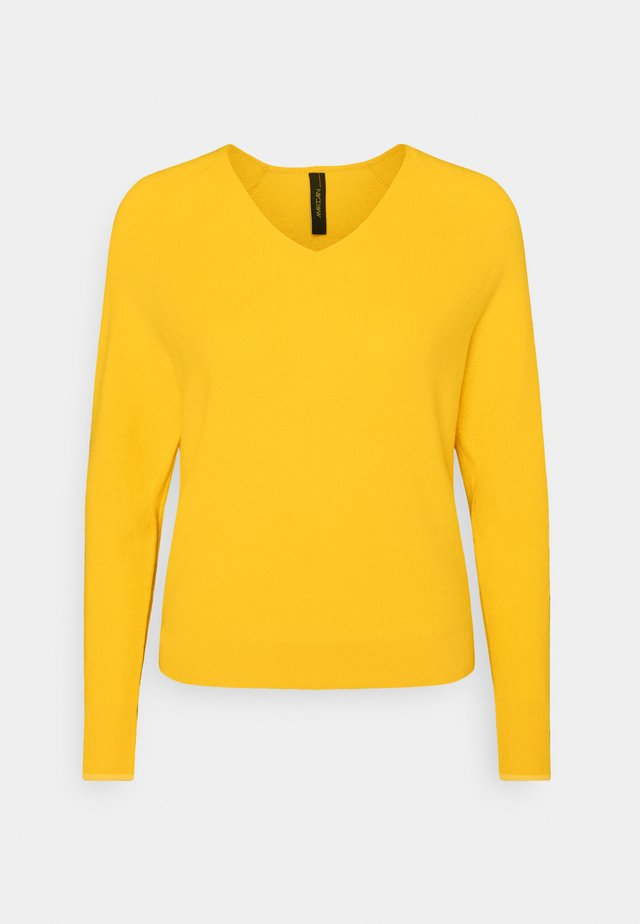 Strikpullover /Striktrøjer - honey mustard