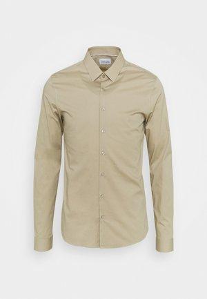 LOGO STRETCH EXTRA SLIM - Kostymskjorta - beige