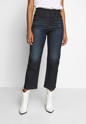 TEDIE ULTRA HIGH STRAIGHT RIPPED ANKLE - Straight leg jeans - dark-blue denim
