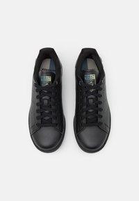 adidas Originals - STAN SMITH UNISEX - Zapatillas - core black/blue oxide/feather grey - 3