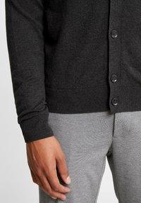 Burton Menswear London - CORE CARDIGAN - Kardigan - dark grey - 5