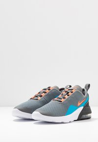 Nike Sportswear - AIR MAX MOTION 2  - Sneakers laag - smoke grey/hyper crimson/black/laser blue - 3