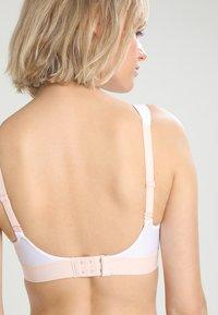 triaction by Triumph - HYBRID LITE - High support sports bra - white - 4