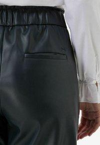 BRAX - STYLE MAINE S - Trousers - marine - 3