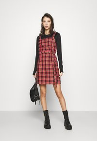 The Ragged Priest - Day dress - red - 1
