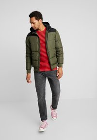 Only & Sons - ONSBOSTON QUILTED BLOCK HOOD - Giacca invernale - forest night - 1
