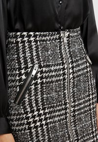 The Kooples - JUPE - A-line skirt - off-white/black - 4