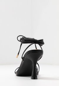 BEBO - RICHIE - Sandaler med høye hæler - black - 5
