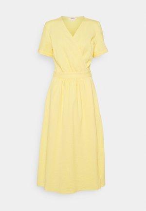 Day dress - sunset yellow