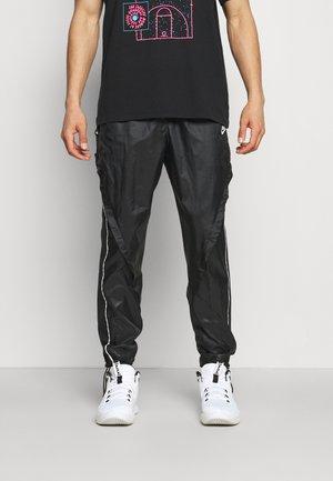 TRACK PANT - Tracksuit bottoms - black/summit white