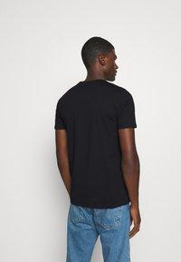 Ellesse - MELEDO - Basic T-shirt - black - 2