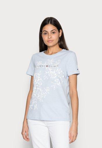 REGULAR GRAPHIC TEE - T-shirts med print - blue
