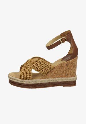 Wedge sandals - fudge caramel