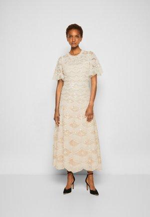 LUNETTE BLOSSOM ANKLE GOWN - Společenské šaty - strawberry icing/white