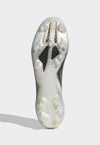 adidas Performance - X GHOSTED.1 FOOTBALL BOOTS FIRM GROUND - Fodboldstøvler m/ faste knobber - ftwwht/cblack/metgol - 8
