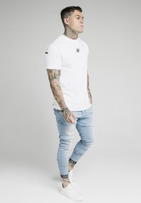 SIKSILK - SKINNY CUFFED JEANS - Jeans Skinny Fit - light blue - 1