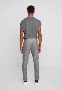 Solid - SLIM BARRO - Trousers - grey - 2