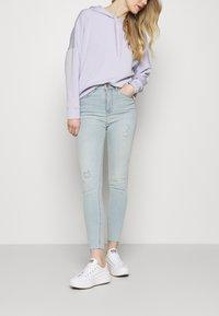 Marks & Spencer London - IVY - Jeans Skinny Fit - light-blue denim - 3