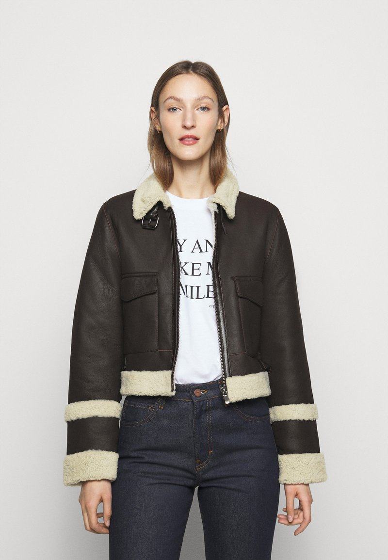 Victoria Victoria Beckham - CROPPED AVIATOR JACKET - Leather jacket - chestnut brown