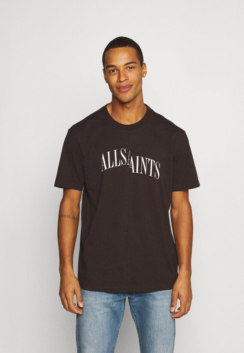 AllSaints - DROPOUT CREW - Print T-shirt - oxblood red